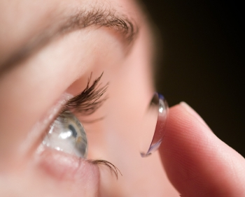 10 Tips for Safe Wear of Contact Lenses in the Workplace