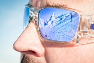 Wearing quality sunglasses in the winter reduces the amount of glare and UV radiation your eyes are exposed to.