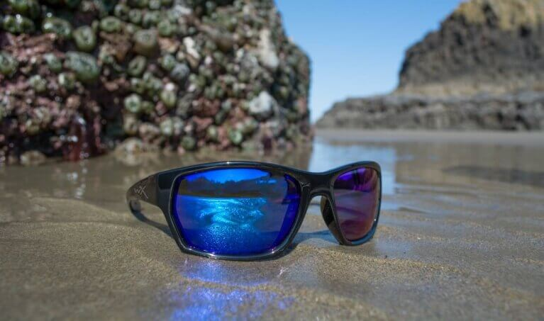 55ac3c44d64 Spring Break Sunglasses  Protect Your Eyes and Look Good at the Same Time