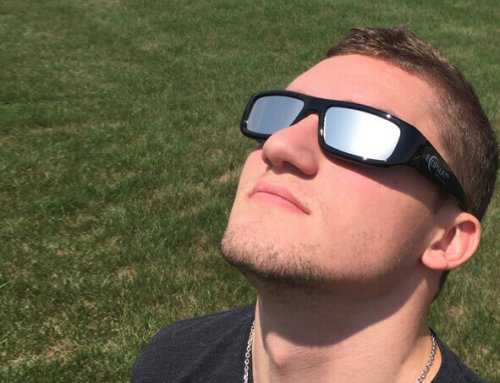 How To Tell If You Damaged Your Eyes Watching The Eclipse