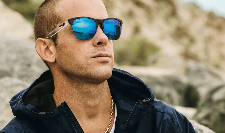 Ryan Sheckler Wearing Oakley Frogskins